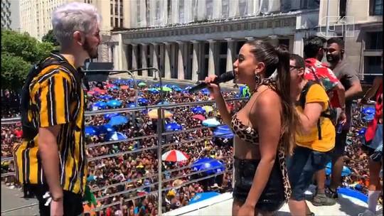 Youtuber de Goiânia dança com Anitta e traduz música para Libras