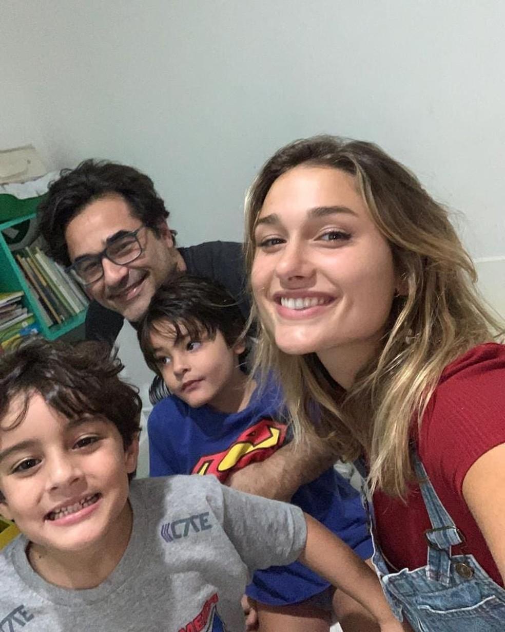 Luciano com os filhos David, Mikael e Sasha — Foto: Reprodução/Redes sociais