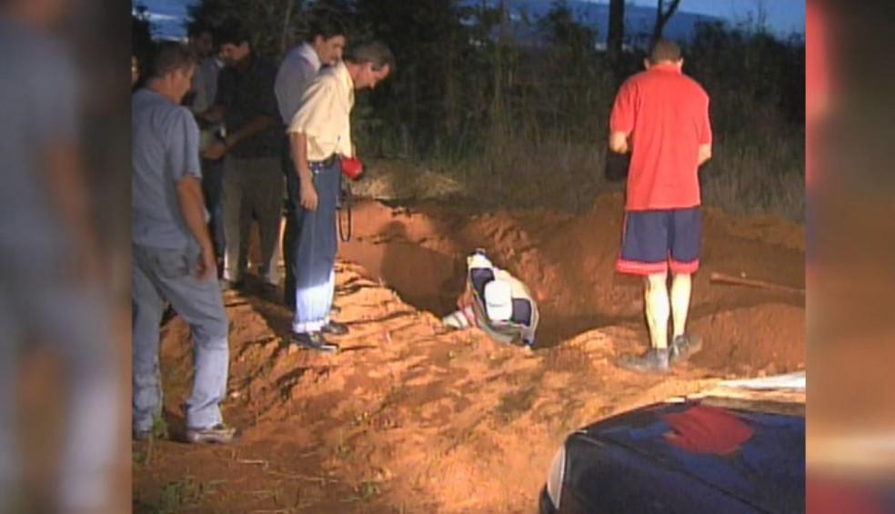 Bancário foi encontrado morto enterrado na zona rural de Serrana, SP (Foto: Reprodução/EPTV)