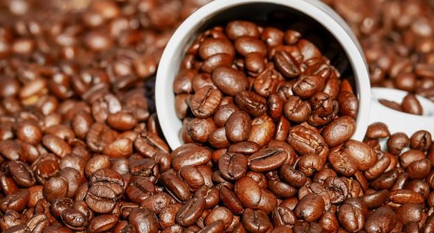 Brasil bate recorde de exportações de café em 2020, com 44,5 mi de sacas