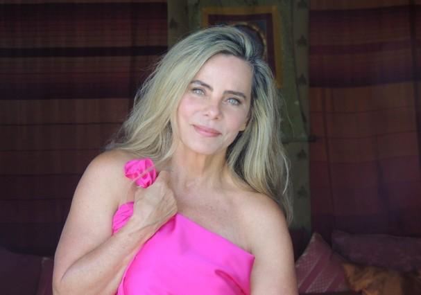 Bruna Lombardi apoia Outubro Rosa (Foto: Reprodução / Instagram)