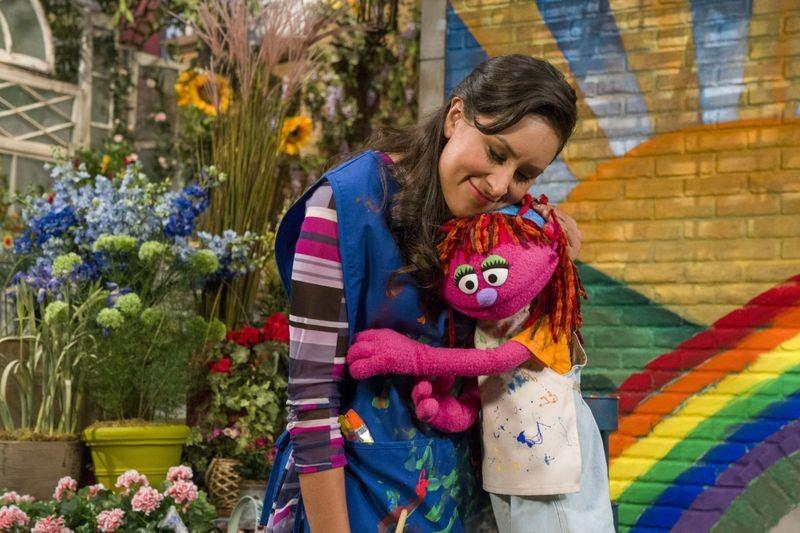 A personagem Lily, a criança sem-teto da série Vila Sésamo (Foto: Divulgação)