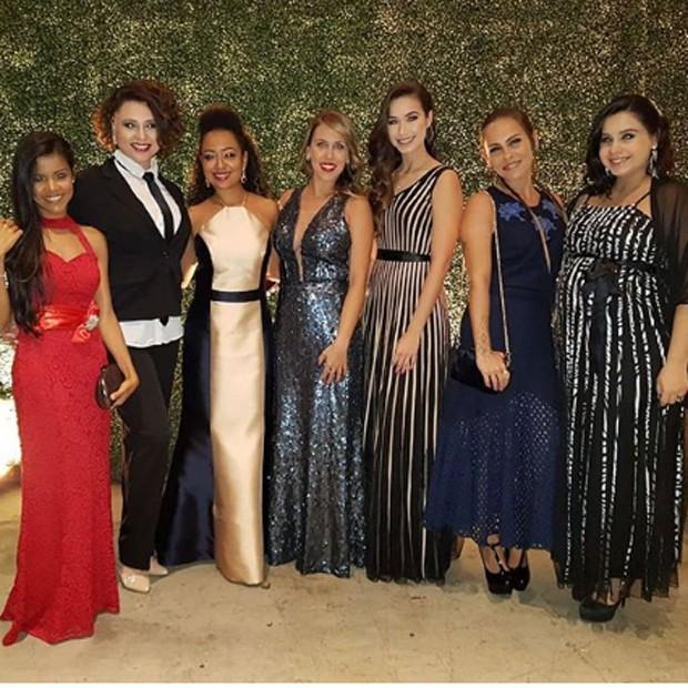 Giselle Medeiros, Francis Helena, Aretha Oliveira, Mariane Oliva, Victória Rocha, Gisele Frade e Laura Feliciano (Foto: Reprodução/Instagram)