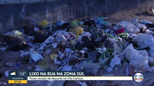 Ponto viciado de descarte irregular de lixo na Zona Sul
