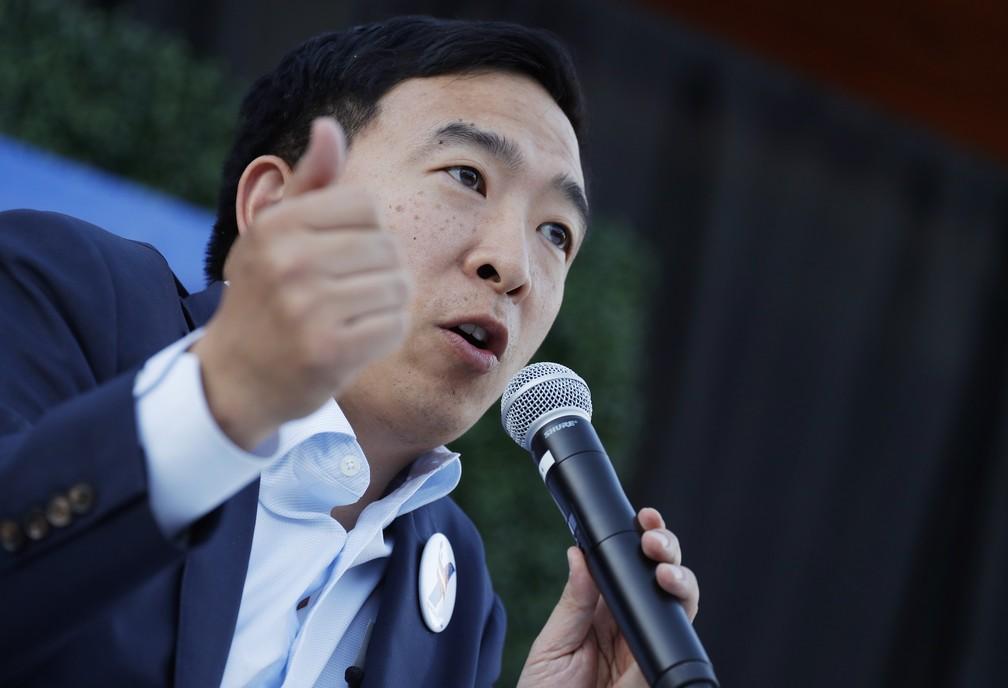 O empresário e pré-candidato democrata Andrew Yang. — Foto: John Locher/AP