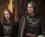 Johnny Massaro e Romulo Estrela em cena de 'Deus salve o rei' | Reprodução