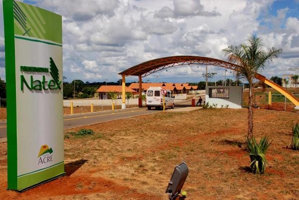 Servidores da fábrica de preservativos Natex denunciam atrasos de 5 meses em pagamento de salários (Foto: Divulgação/Secom-AC)