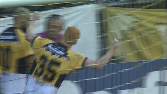 Interino elogia disciplina do Criciúma em vitória e fica à disposição para as próximas rodadas