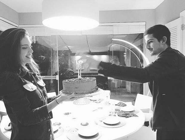 Enzo Celulari e Victoria Bartelle (Foto: Reprodução / Instagram)