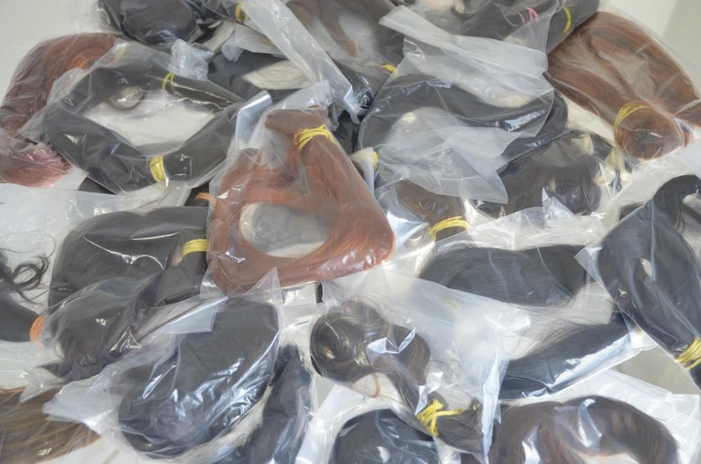 -  Mechas de cabelos foram arrecadadas em várias cidades para a confecção de perucas em Rondônia; mechas de cabelos; perucas; doação de cabelo; corte de