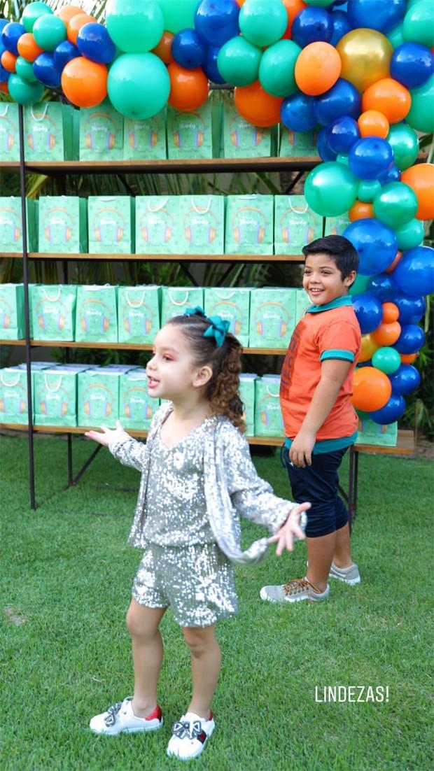 Yhudy e Ysis, filhos de Wesley Safadão e Thyane Dantas (Foto: Reprodução/Instagram)