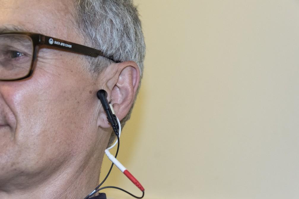 Terapia de 'cócegas' na orelha pode ajudar a reduzir o envelhecimento, diz estudo — Foto: Divulgação/Universidade de Leeds