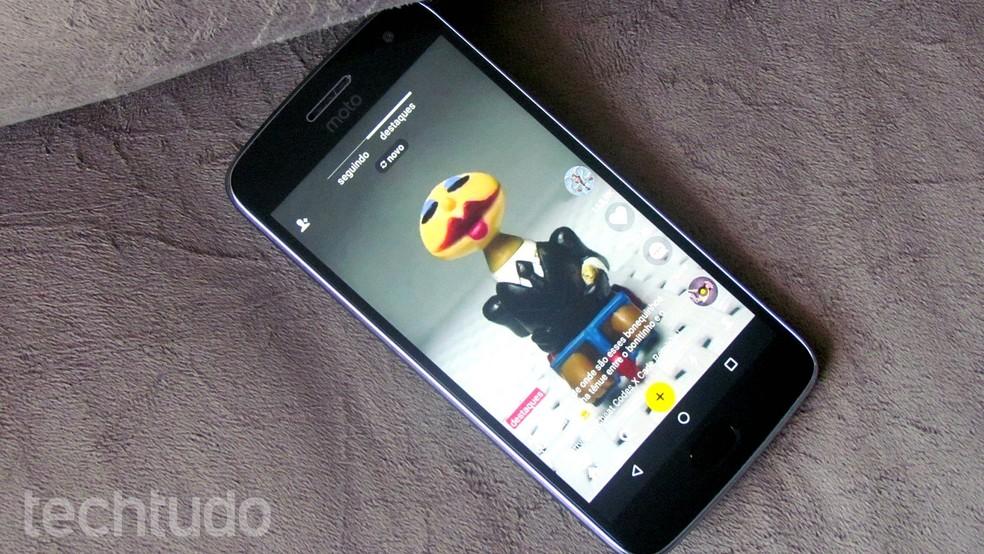 Musical.ly é um app para gravar vídeos dublando suas músicas preferidas (Foto: Paulo Alves/TechTudo)