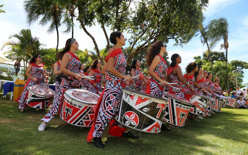 Grupo de percussão de mulheres Batalá, em Brasília — Foto: Batalá/Divulgação