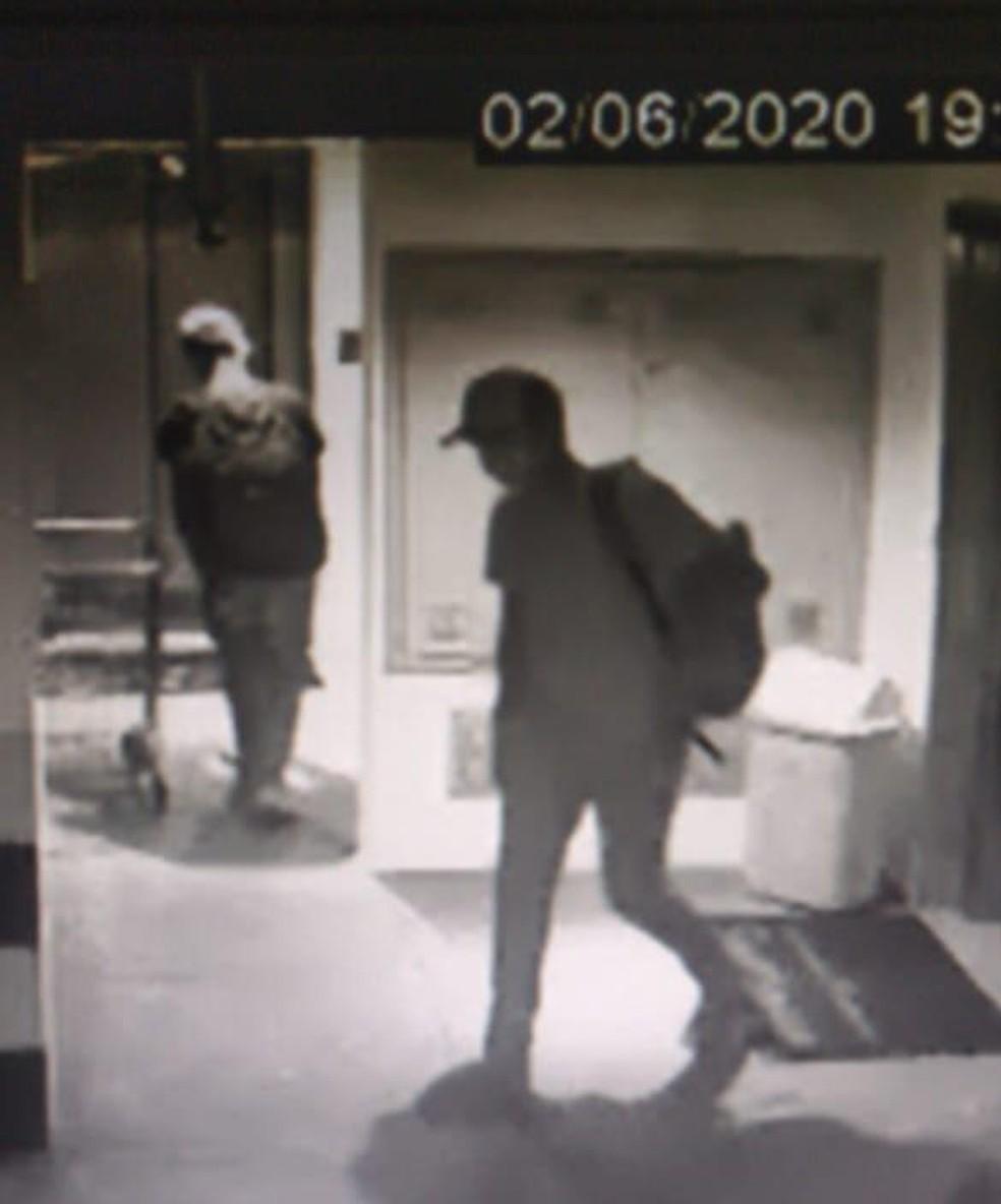 Câmeras de segurança do condomínio registraram a ação dos criminosos em condomínio de alto padrão em Natal — Foto: Divulgação/Polícia Civil