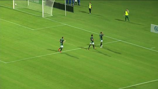 Nem ao céu, nem ao inferno: Argel avalia empate do Coritiba após altos e baixos