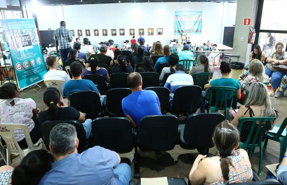 Solicitações podem ser feitas na Prefeitura, na Sede Administrativa da Região Norte, ou pelo site — Foto: Prefeitura de Cascavel/Divulgação