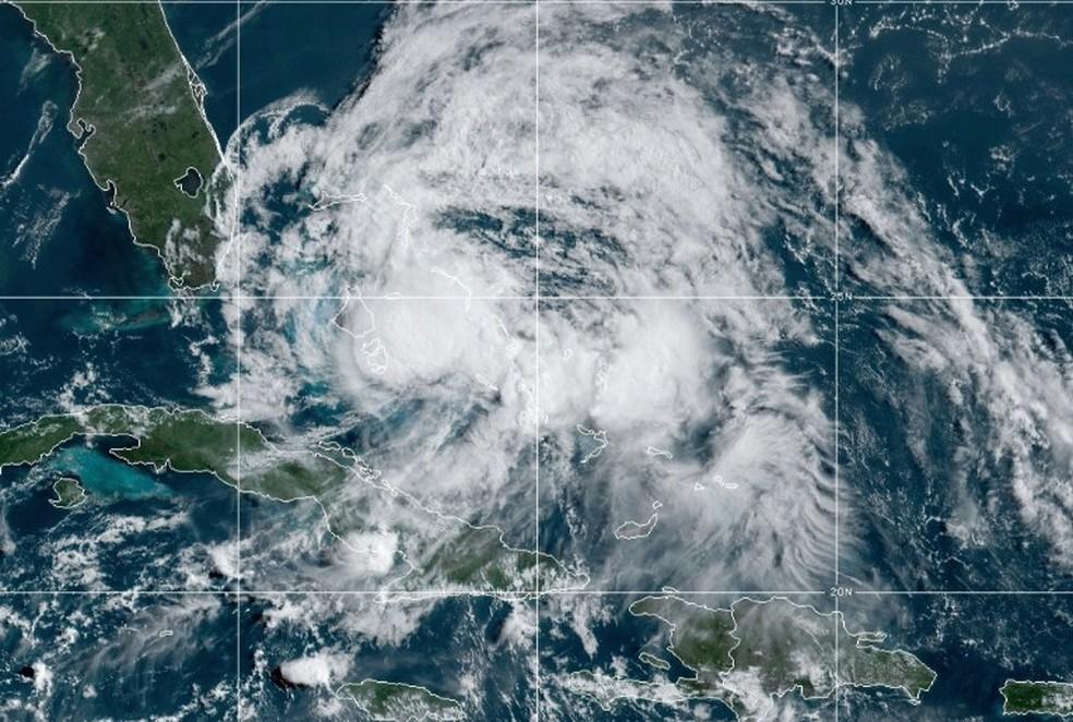 Furacão Isaías vai em direção à Flórida — Foto: Reprodução/NOAA