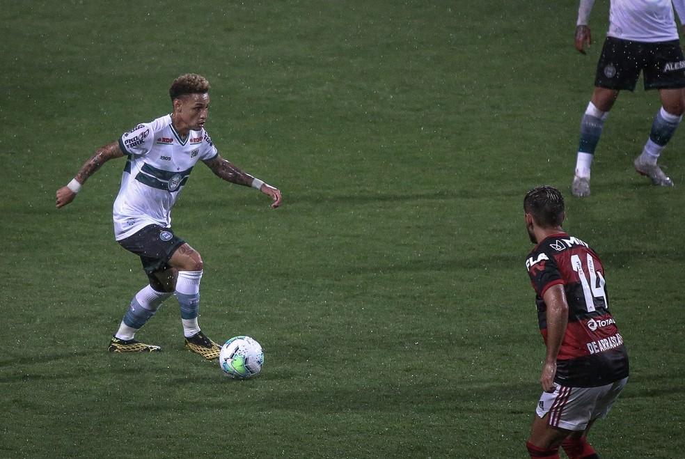 Neilton jogou a última temporada do Brasileirão no Coritiba — Foto: Divulgação/Coritiba