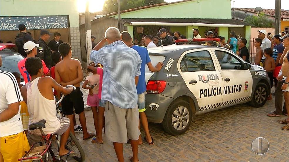 Mulher é encotrada morta no Paço da Pátria, Zona Leste de Natal. (Foto: Reprodução/Inter TV Cabugi)
