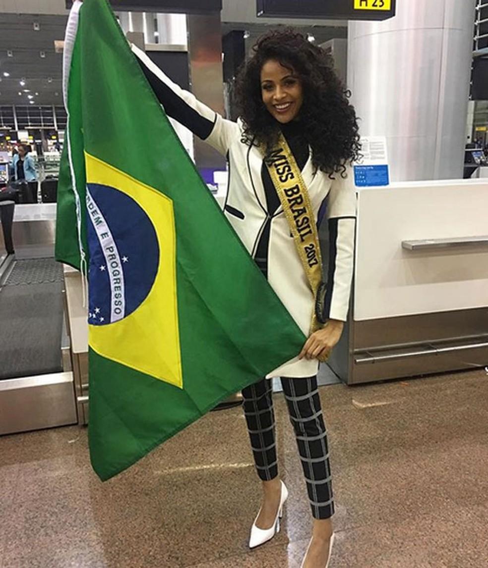 pretty nice 1c030 a4e45 ... Miss Brasil durante embarque para Las Vegas — Foto  Reprodução Instagram