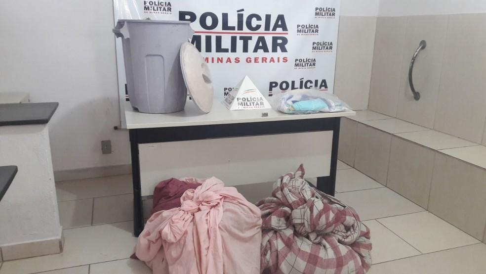 e6747de98 ... Roupas que tinham sido furtadas na Casa da Prece foram recuperadas —  Foto  Polícia Militar