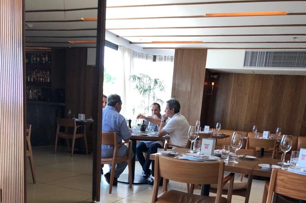 Carpegiani se reuniu com Fred Luz e Rodrigo Caetano quando ainda estava no Bahia (Foto: Reprodução)