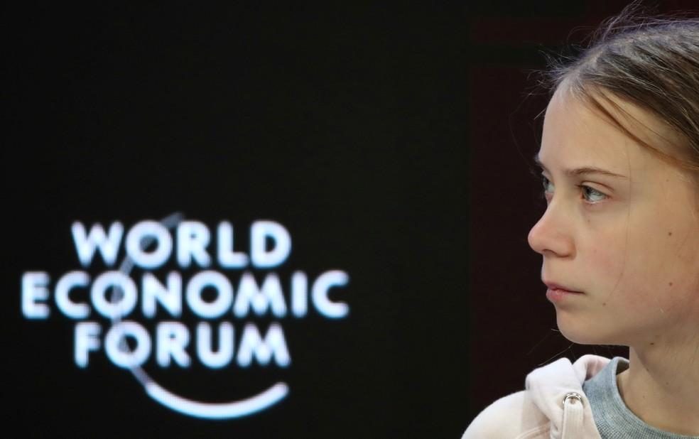 Ativista Greta Thunberg fala em painel do 50º Fórum Econômico Mundial, em Davos, Suíça — Foto: Denis Balibouse/Reuters