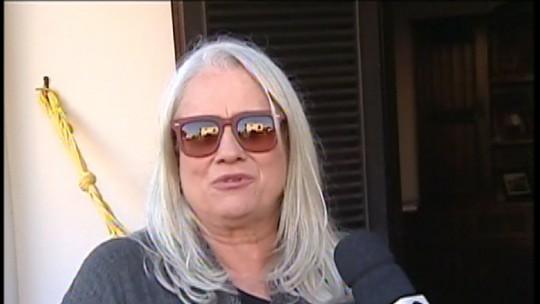 Vera Holtz visita Pereiras, SP, e fala sobre a estreia em Saramandaia