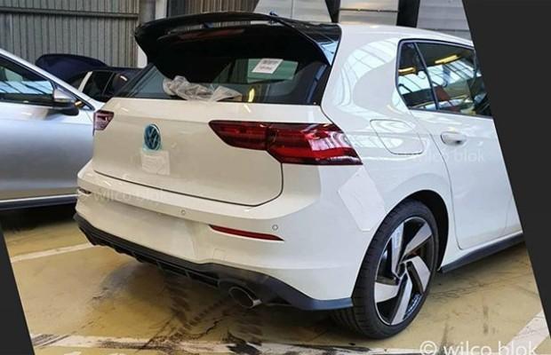Novo Golf GTI aparece descoberto em foto vazada (Foto: Wilco Blok/Reprodução)