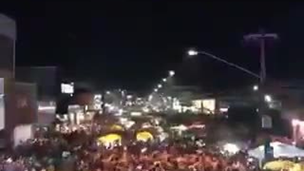 Música 'Tusa' de Karol G tocada em ritmo de 'noiadence' no Carnaval 2020 em Porto Velho