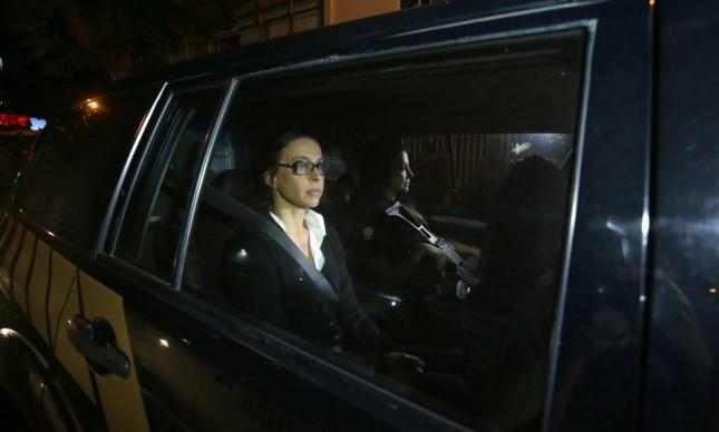 Após 'mal-entendido', PF faz vistoria em apartamento de Adriana Ancelmo