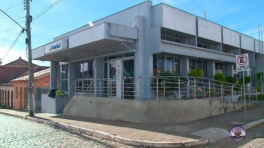 Suspeitos fogem após assalto a banco com refém em Piratini