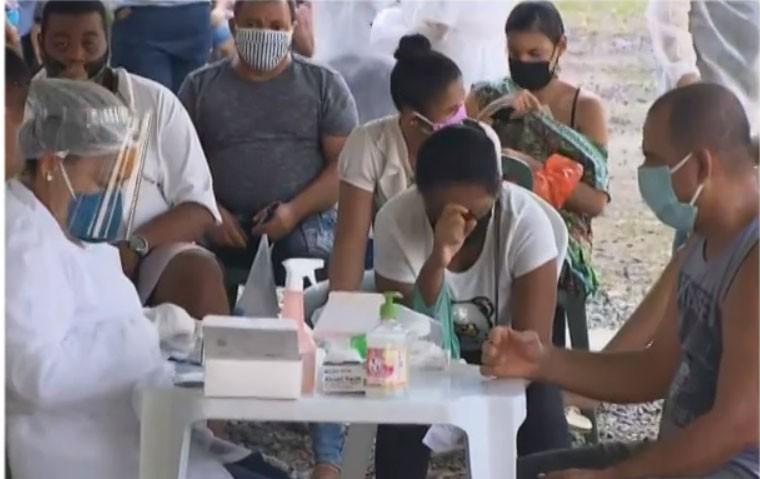 Testes rápidos detectam 537 pessoas com coronavírus em 11 bairros de Salvador