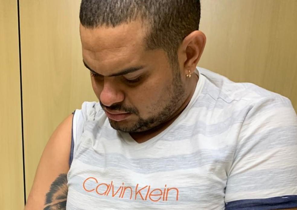 Foragido de penitenciária em Pernambuco, Erison Francisco do Nascimento foi preso em resort no Rio Grande Norte — Foto: Polícia Federal/Divulgação