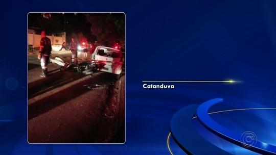 Motociclista morre após bater em carro estacionado em Catanduva