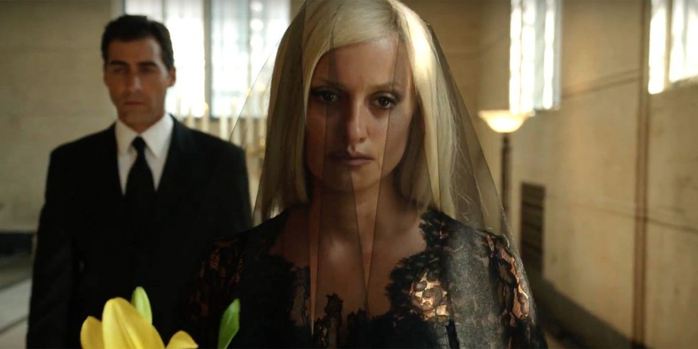 Penelope Cruz como Donatella Versace — Foto: Divulgação/FX