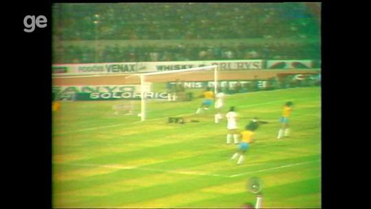 Nelinho, Valdo, Ronaldo... Relembre 10 gols da seleção brasileira em Porto Alegre