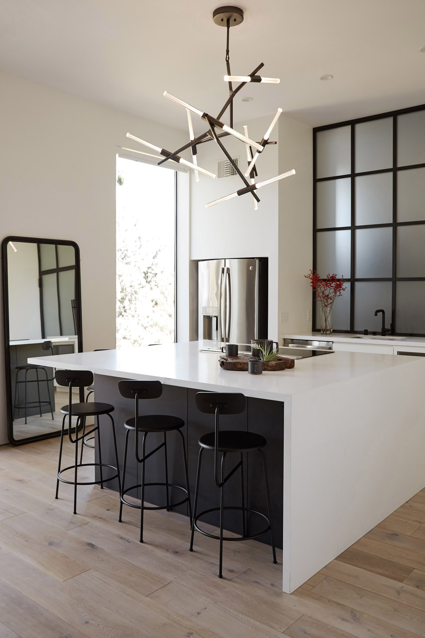 Décor do dia: decoração minimalista na cozinha  (Foto: Airbnb/Divulgação)