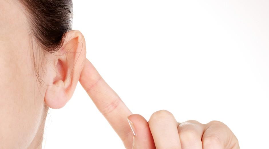 Deficiência Auditiva, deficiente auditivo, surdez, ouvido, orelha, ouvir (Foto: Shutterstock)
