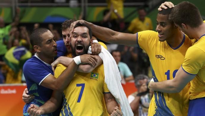 brasil, argentina, brasil x argentina, vôlei masculino (Foto: REUTERS / Yves Herman)