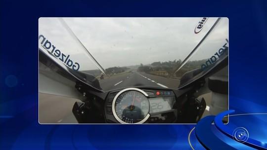 Polícia identifica motociclista gravado a 400 km/h na Anhanguera
