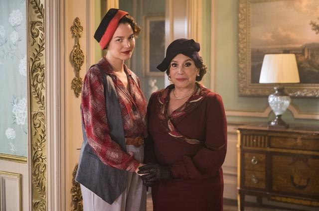 Joana de Verona e Susana Vieira em 'Éramos seis' (Foto: Victor Pollak/TV Globo)