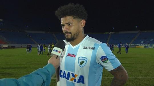 """Roberto avalia derrota do Londrina em casa: """"Tristeza para todo mundo"""""""