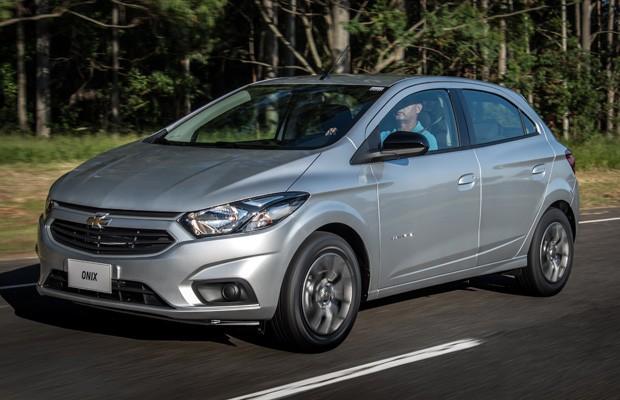 Chevrolet Onix Advantage 1.4 automático (Foto: Divulgação)