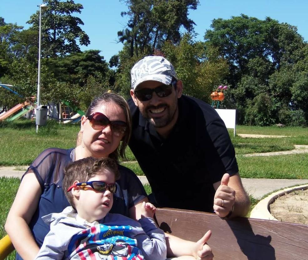 Alessandra, Thiago e Pietro faziam passeiso com o filho em parques de Sorocaba  (Foto: Arquivo Pessoal)