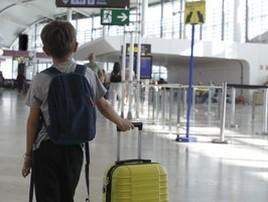 Pai acusa aérea de abuso sexual do filho  em conexão em SP (Getty)