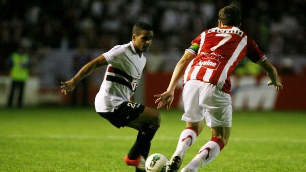 Douglas São Paulo x Sport (Foto: Otávio de Souza / Futura Press)