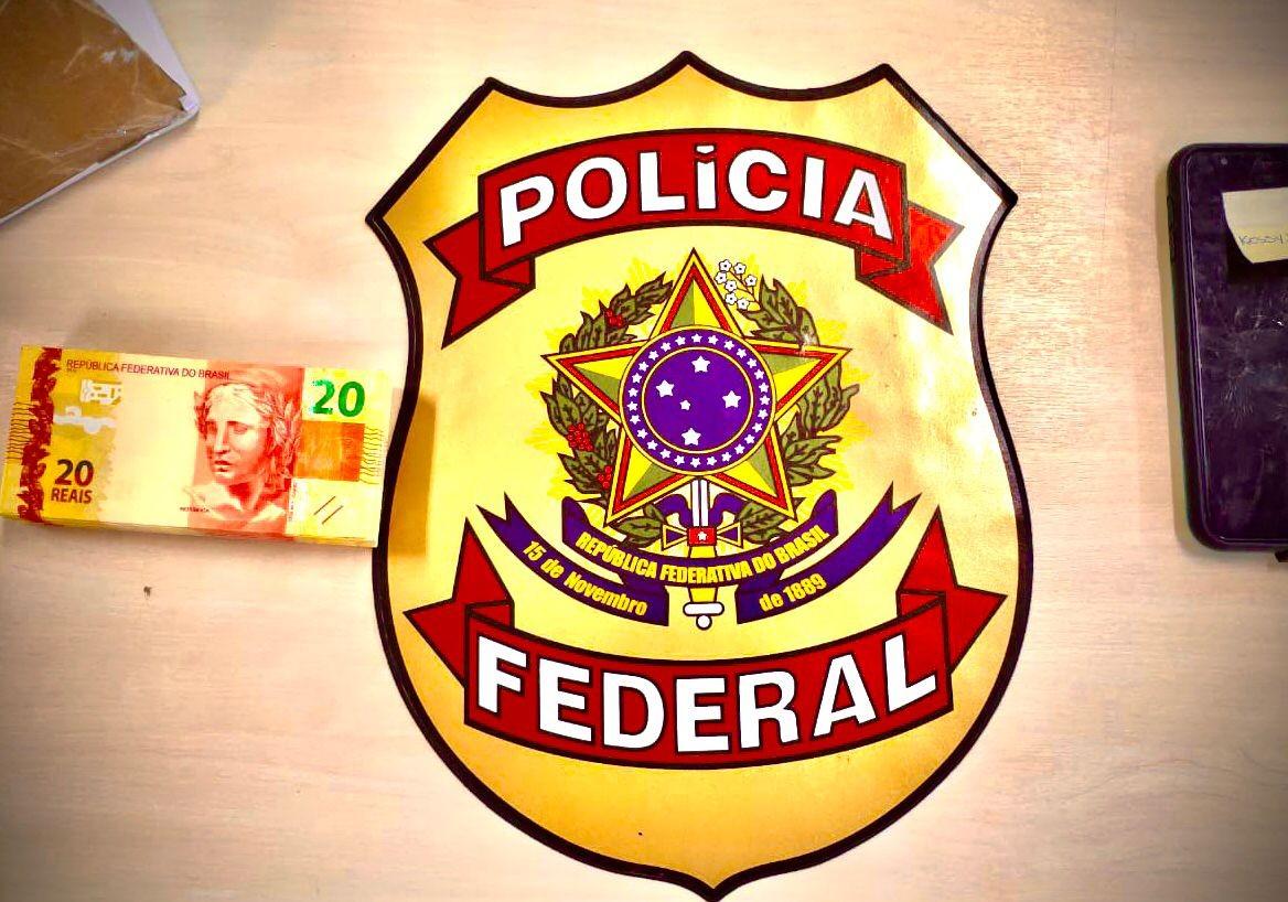 PF prende homem por receber encomenda com R$ 2.800 em cédulas falsas em Maceió