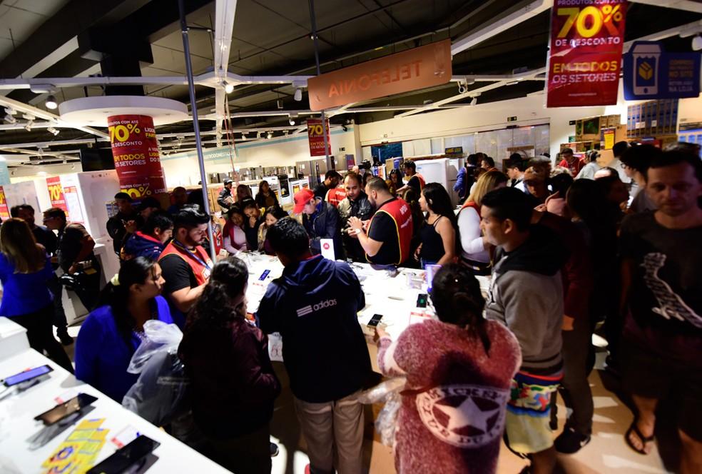 Tradicional liquidação anual da Magazine Luiza, realizada no dia 5 de janeiro, teve o reforço de trabalhadores intermitentes contratados pela varejista (Foto: Divulgação)
